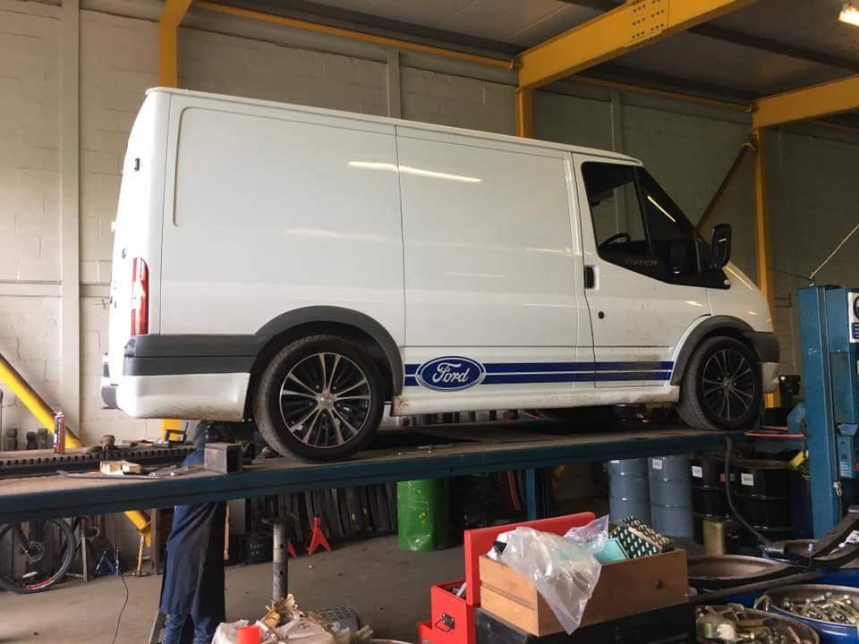 Ford Transit 350 >> Lower Ford Transit leaf springs £200 offer - Midland Road ...